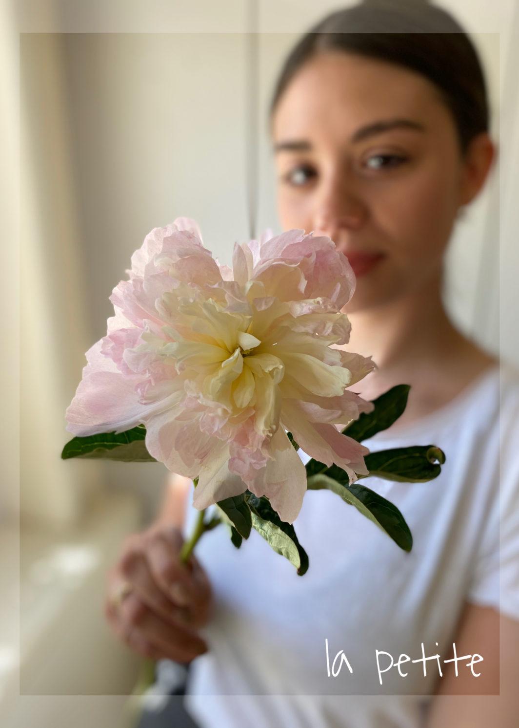 LA PETITE - die kleine Gesichspflege ohne Massage & ohne Brauenkorrekur